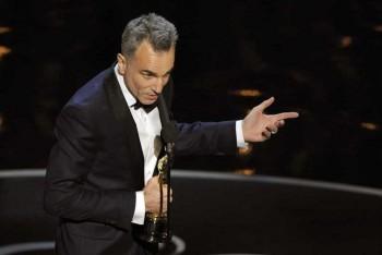 Day-Lewis získal Oscara za stvárnenie Abrahama Lincolna
