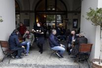 Česká vláda uvoľnila opatrenia