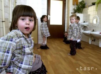 ZVOLEN: V jasliach v septembri deti chýbajú, v zime už bývajú plné