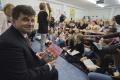 V základných školách sa dnes čítali rozprávky, zapojil sa aj minister