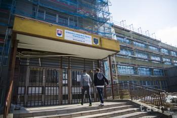 SOŠ podnikania v Bratislave vznikla pôvodne ako dievčenská škola