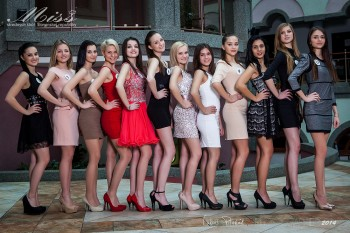 Poznáme 12 finalistiek súťaže Miss stredných škôl SR 2014
