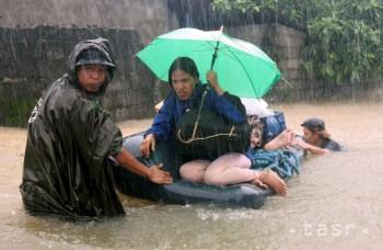 Náhle zmeny počasia môžu spôsobiť problémy aj dovolenkárom