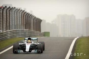 F1: Hamilton najrýchlejší v úvodnom tréningu na VC Monaka