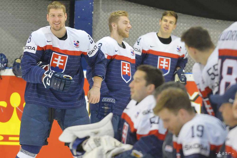 deef309e84538 Takto pózovali naši hokejisti počas oficiálneho fotenia