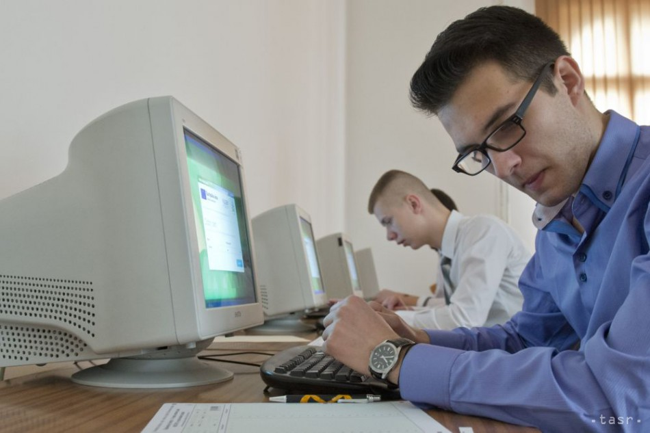 Ministerstvo chce motivovať žiakov pri výbere študijných odborov ad912e02d65