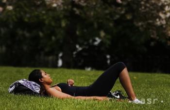 Psychologička: Adolescenti sa cez prázdniny potrebujú aj nudiť