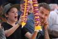 Jedenásťročný syn Beckhamovcov vydal debutový vianočný singel