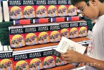 Séria kníh o Harrym Potterovi sa v októbri rozrastie