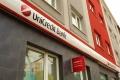 Šéf talianskeho UniCreditu bol nútený vzdať sa funkcie