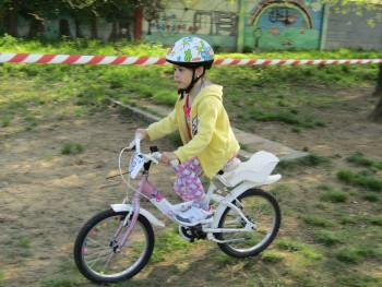 Bratislava: Parkovisko ministerstva dopravy zaplnili namiesto áut deti