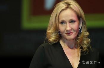 J.K. Rowlingová píše scenár k filmu. Vráti na plátna Harryho Pottera?