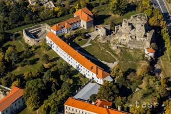 Pre juh Slovenska sú typické termálne pramene i prírodné krásy