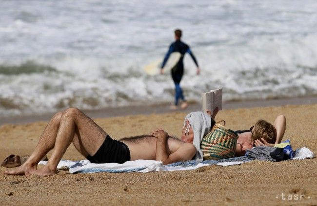 ODBORNÍČKA RADÍ: Psoriatikom pomôže dovolenka pri mori