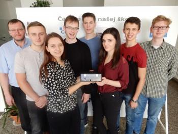 Vranov n/Topľou: Štátne gymnázium získalo detektor kozmického žiarenia