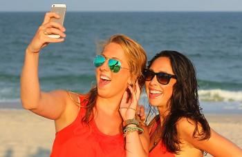 Selfie fotografie a sociálne médiá ovplyvňujú kozmetickú chirurgiu