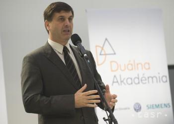 Štvrť mld. eur ide na školskú prípravu ľudí, ktorí sa uplatnia inde