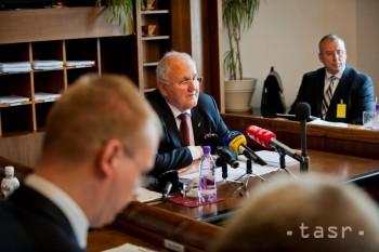 Opozícia kritizuje Čaplovičovu správu, chýbajú jej riešenia a financie