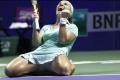 MS v tenise: Kuznecovová je prvou semifinalistkou, Radwaňská víťazne