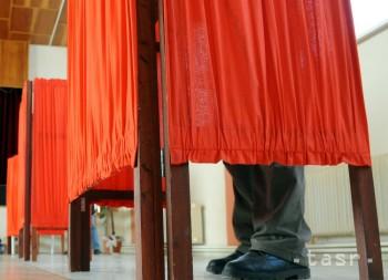 PRIESKUM: Voľby by vyhral Smer-SD, sám by vládnuť nemohol