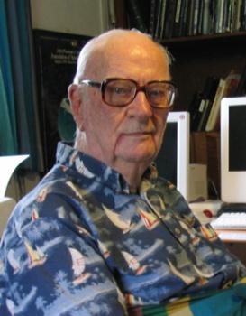 Britský autor sci-fi Arthur Charles Clarke sa narodil pred sto rokmi