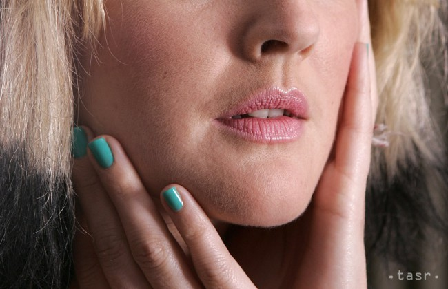 Štyri rady, ako mať dokonale nalakované nechty