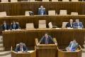 Poslancov čaká vyše 60 zákonov a odvolávanie Fica s Kaliňákom