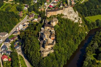 Edícia Rodinné striebro obsahuje letecké zábery slovenských hradov