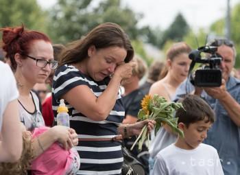 Smútok nad obeťami piatkovej streľby v nemeckom Mníchove, počas ktorej zahynulo 9 ľudí. Strelec, zrejme psychicky chorý, sa sám zastrelil.