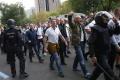 Pred zápasom Herthy s Frankfurtom zatkli takmer stovku fanúšikov