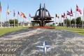 Hviezdu NATO presťahovali pred jej nové sídlo v Bruseli