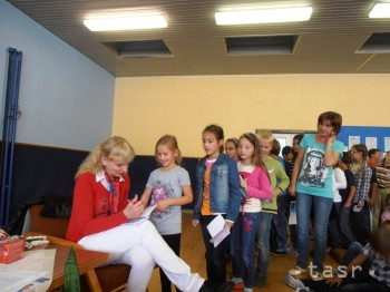 Vyhodnotenie celoslovenskej súťaže Báseň 2012