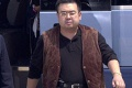 Na tvári zavraždeného Kim Čong-nama našli bojovú látku VX