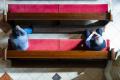 Biskupi pri obmedzení počtov vydajú dišpenz od povinnej účasti