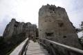 Hrad Uhrovec objavuje aj pre jeho obnovu čoraz viac turistov