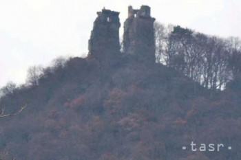 Slanec: Hrad nad obcou počas Noci hradných zrúcanín opäť osvetlia