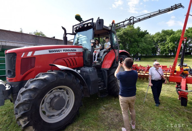 deeb31cfdecd5 Malí farmári z Japonska, Nemecka a Rakúska sa postavili proti JEFTA -  24hod.sk