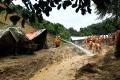 Po zosuve pôdy na juhozápade Číny je nezvestných vyše 140 ľudí