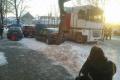 Tragédia v Tornali: Kamionistovi prišlo zle,vrazil do ľudí na zastávke