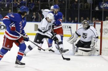 Budaj sa do NHL vrátil víťazne, Gáborík sa zranil ale stihol skórovať