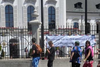 Prezidentský palác je pripravený na nápor tisícok návštevníkov