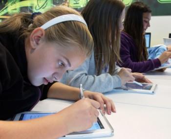 Výučba pomocou tabletov študentov motivuje