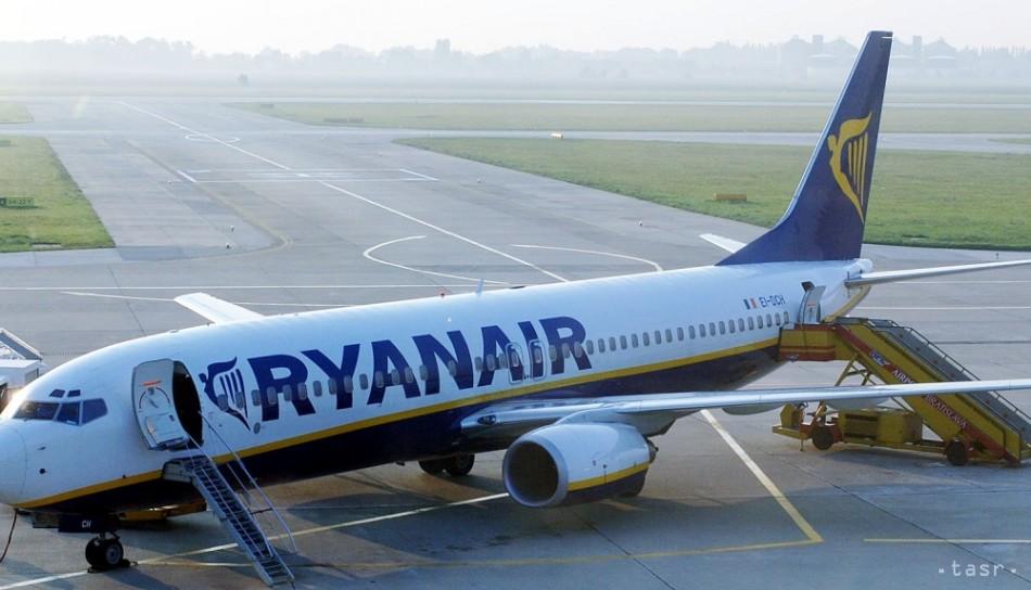 b79f520558b52 Zisk Ryanairu za minulý rok klesol takmer o 30 %