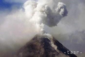 Sopka Mayon vychrlila veľké balvany, zahynuli štyria horolezci