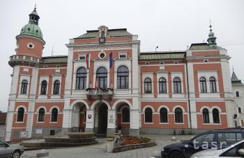Tragický príbeh lásky dvoch ľudí pripomína erb mesta Ružomberok