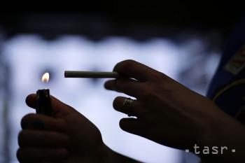 Rakúsky parlament zrušil plánovaný zákaz fajčenia v reštauráciách