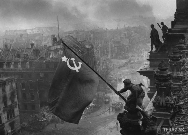 Deň pamiatky a smútku v ruskej federácii, odvysielať film slúžim
