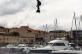 Francúz letel na airboarde vyše dva kilometre. Vytvoril svetový rekord