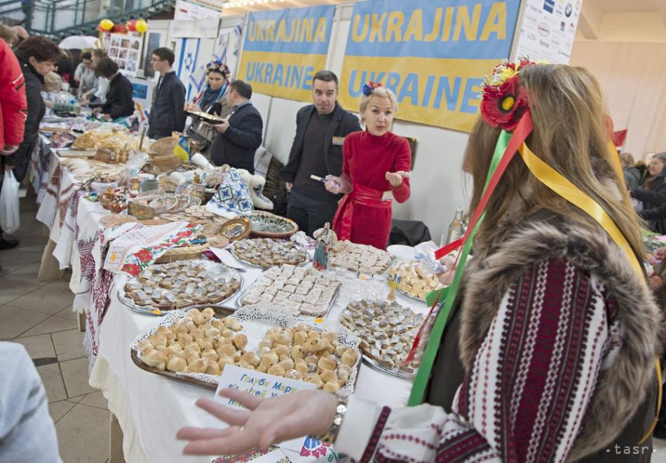 24. Vianočný bazár v Starej tržnici a7b5cb8b1cd