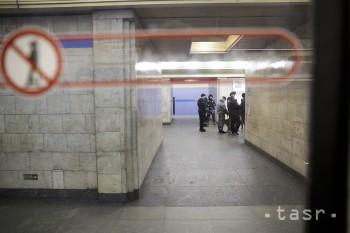 Hľadajú mužov, ktorí vo viedenskom metre hovorili po arabsky o bombe